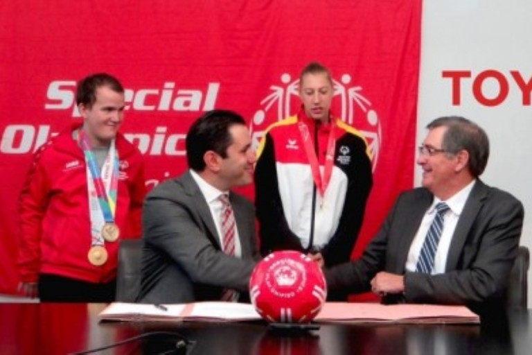 Imagen Toyota y Special Olympics